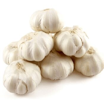 Fresh Garlic by Egypt Garden